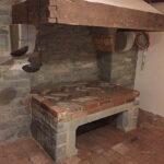 Feuerstelle aus dem 17.Jh. in der ursprünglichen Küche